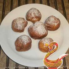 Жареные творожные пончики